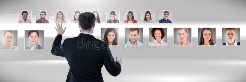 Profils émouvants de portrait d'homme des personnes différentes images libres de droits
