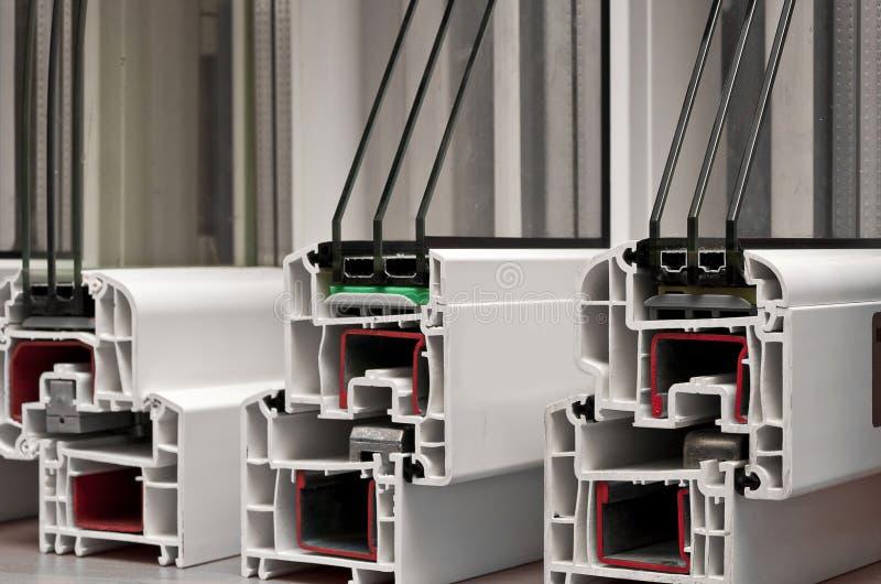 Profils de PVC pour l'hublot images stock