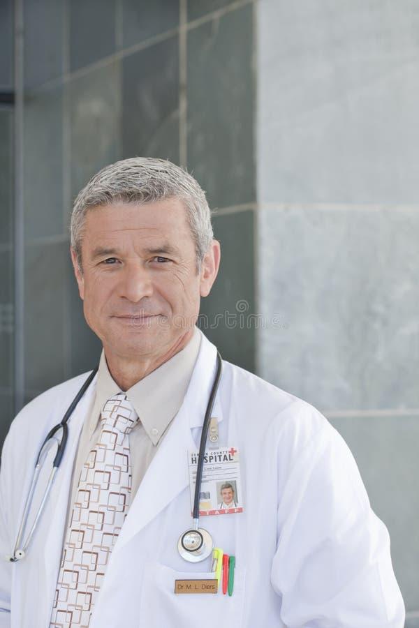 Profissional de inquietação dos cuidados médicos fotografia de stock