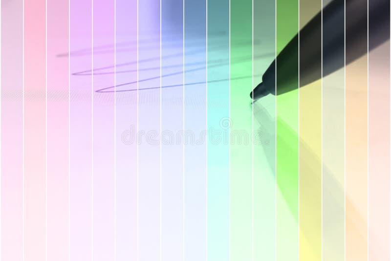 Progettazione concettuale Schizzo di tiraggio della penna dello stilo sulla compressa digitale clo fotografia stock