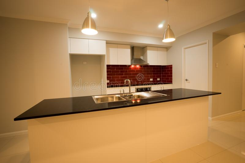 Progettazione contemporanea moderna 02 della cucina fotografie stock