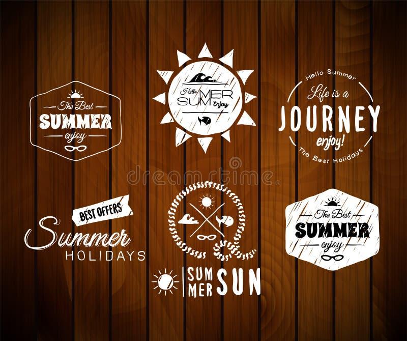 Progettazione d'annata di tipografia di vacanze estive dentro royalty illustrazione gratis
