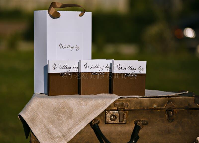 Progettazione del disco di nozze Scatole e pacchetti fotografia stock libera da diritti