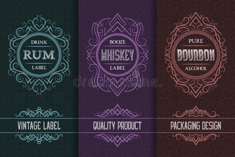 Progettazione di imballaggio d'annata fissata con le etichette della bevanda dell'alcool di rum, whiskey, bourbon illustrazione di stock