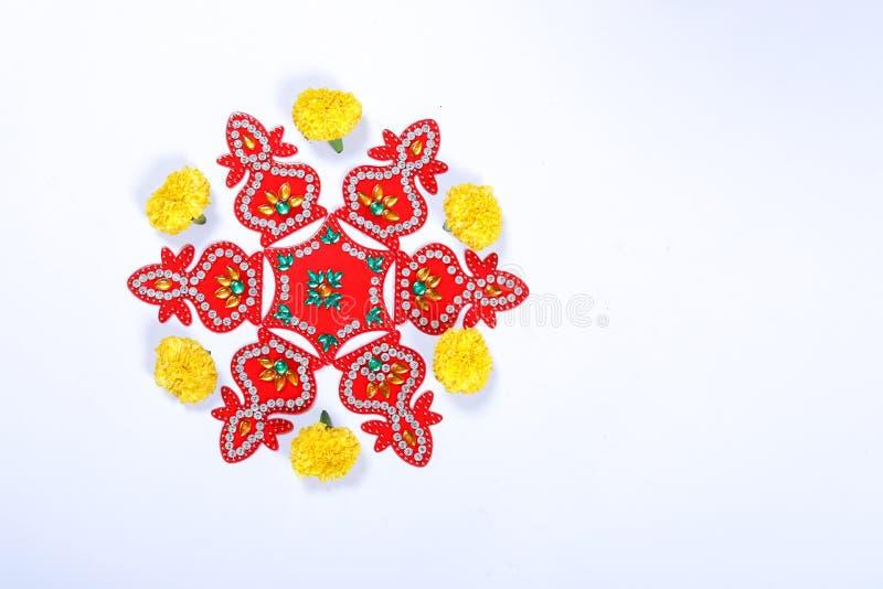Progettazione di rangoli del fiore del tagete per il festival di Diwali, decorazione indiana del fiore di festival fotografie stock libere da diritti