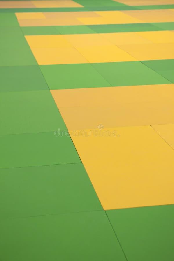 Download Progettazione Gialla E Verde Astratta Immagine Stock - Immagine di tiled, colorato: 30826113