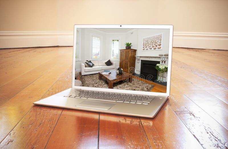 Progettazione vuota della stanza del computer fotografia stock libera da diritti