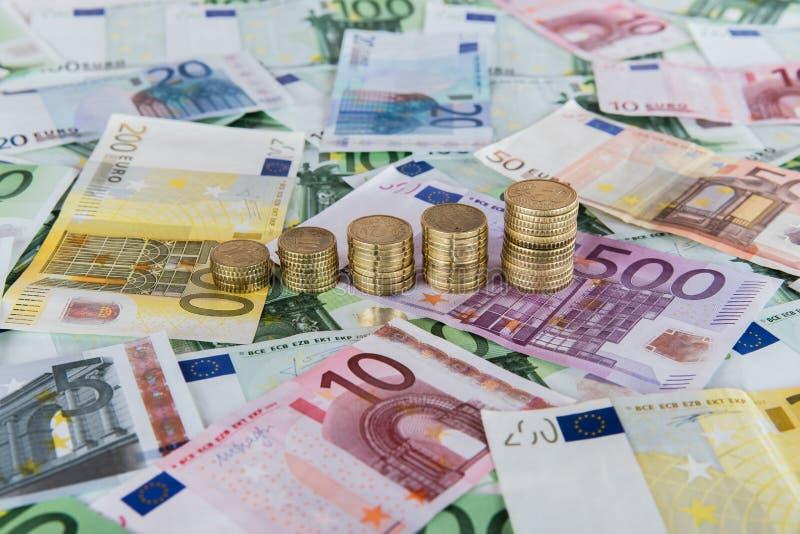 Prognósticos de aumentação do Euro foto de stock royalty free