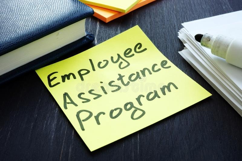 Program pomocy dla pracowników — podpisanie EAP i spis dokumentów fotografia stock