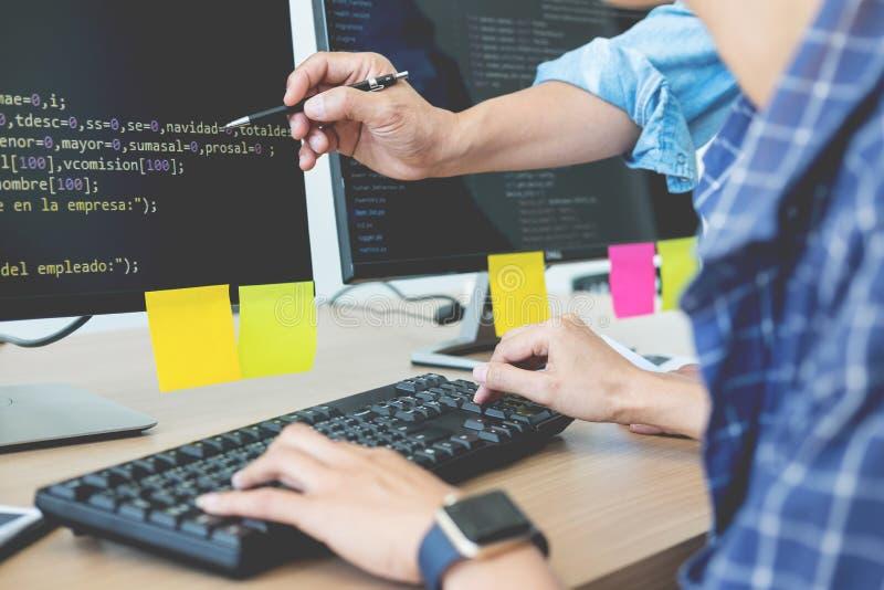 Programista Zlecać na zewnątrz przedsiębiorcy budowlanego cyfrowania technologii strony internetowej Drużynowego projekt Mobilny  zdjęcie stock