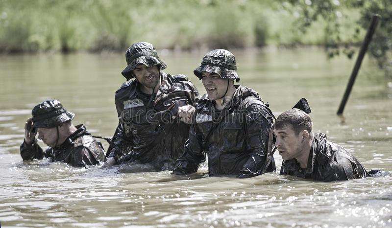 Programme traning militaire de défi d'élite photographie stock libre de droits