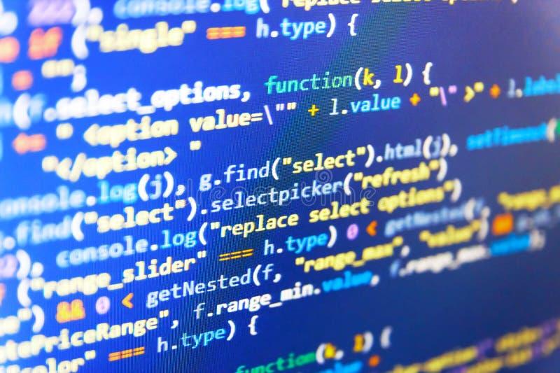 Programmera HTML för källkod för Websiteutveckling It-affär Programkod med skärm En hackerbakgrund programmerare arkivbild