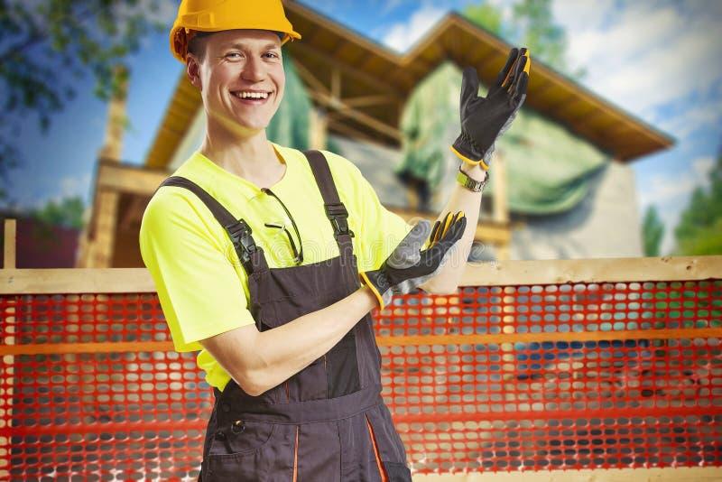 Progresso da exibição do trabalhador da construção imagens de stock royalty free