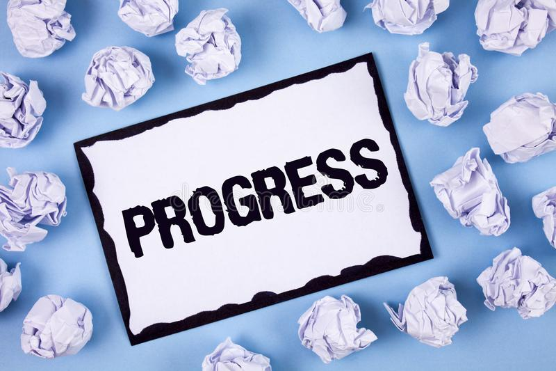 Progresso del testo di scrittura di parola Concetto di affari per il processo di crescita di Depelopment di miglioramento per rag immagini stock libere da diritti