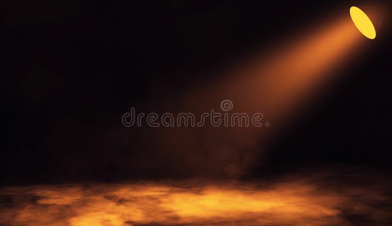 Projecteur coloré Étape de projecteur avec de la fumée sur le plancher Fond d'isolement photographie stock libre de droits