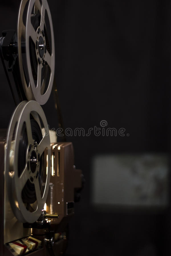 Projecteur de film de cru photos stock