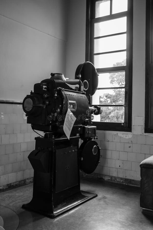 Projecteur de film du num?ro un photo libre de droits