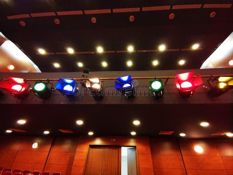Projecteurs l?gers avec les filtres color?s photo libre de droits