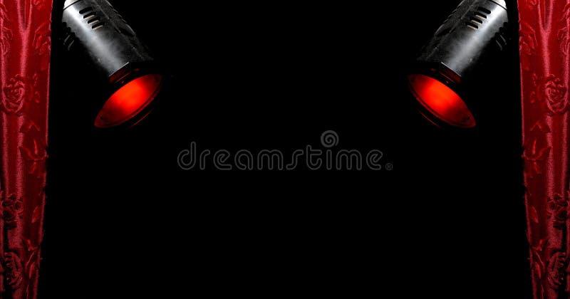 Projecteurs rouges 2 de rideau et de rouge image libre de droits