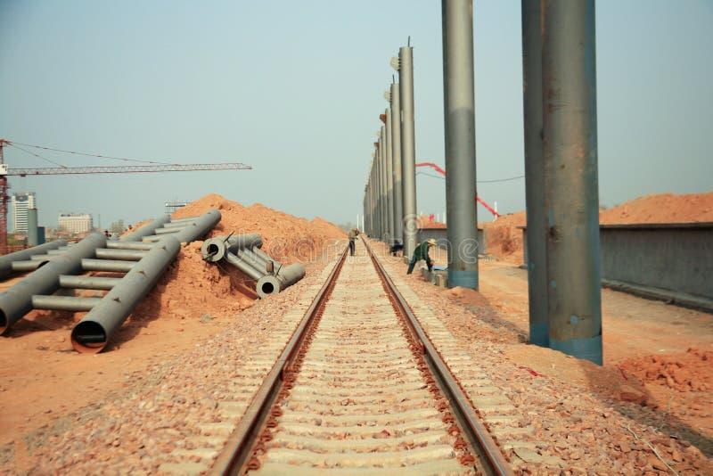 Projekt för Luoyang LongMen järnvägsstationkonstruktion i Zhengxi hög hastighetsjärnväg fotografering för bildbyråer