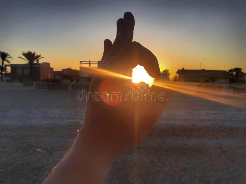 projekta elementu ręki słońce zdjęcia stock