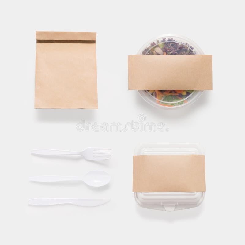 Projekta pojęcie mockup sałatki, torby i zbiornika pudełka ustalony isolat, obrazy royalty free