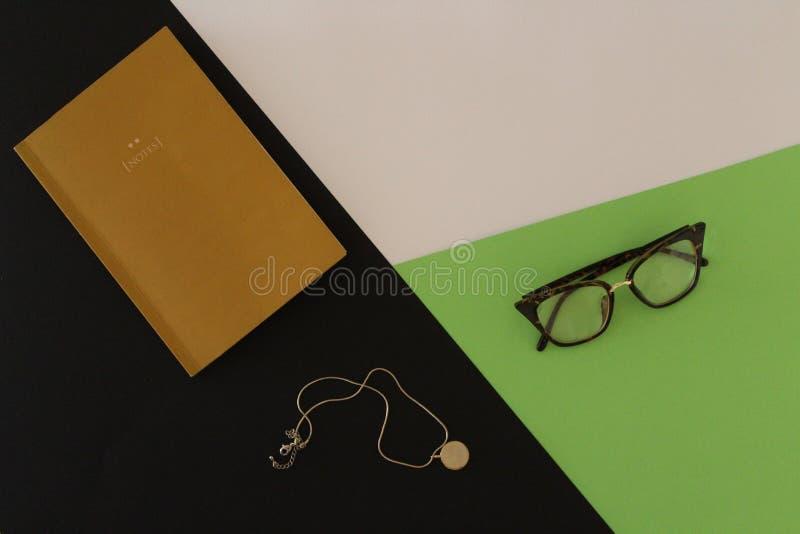 Projektanta ` s biurko od wierzchołka obraz stock