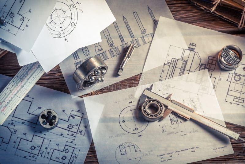 Projektować machinalne części inżynierem zdjęcie royalty free