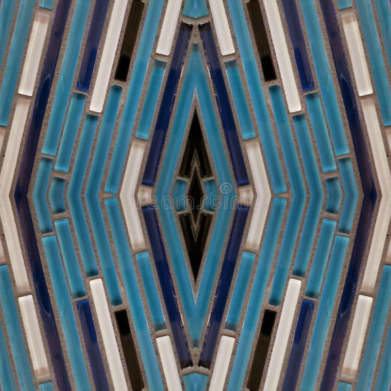 projeto abstrato com tiras de cristal nas cores, no fundo e na textura brancos e azuis foto de stock royalty free