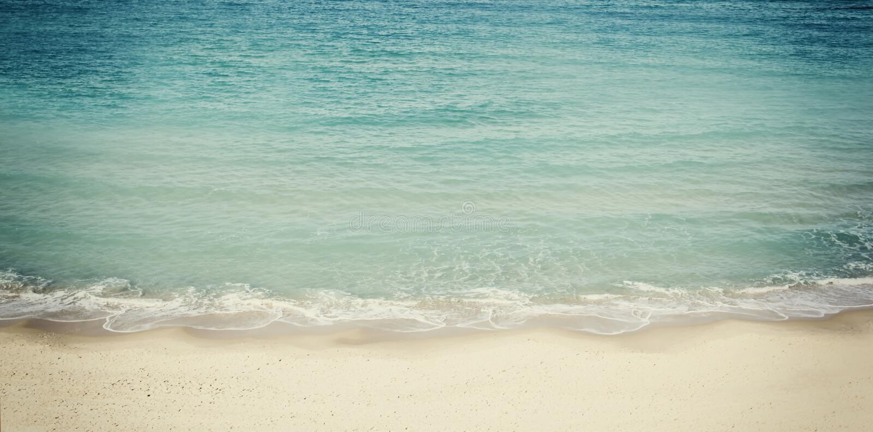 Projeto da bandeira do Web site da praia e da paisagem do mar foto de stock