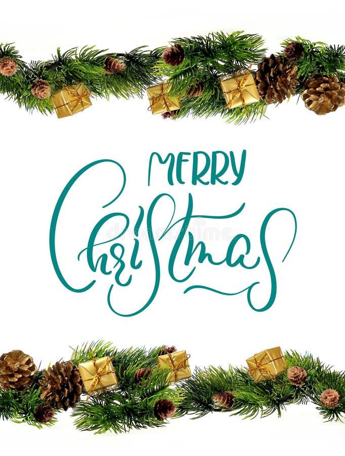 Projeto da beira das decorações com Feliz Natal do texto Caligrafia e rotulação imagem de stock royalty free