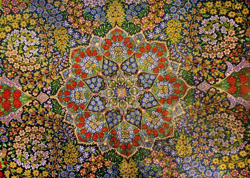 Projeto da obra-prima do tapete persa oriental com o jardim de flores coloridas imagens de stock