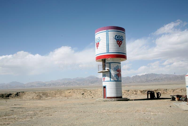 Projeto do kazak da torre de água de Gobi imagens de stock royalty free