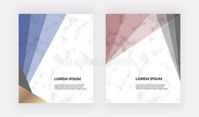 Projeto geométrico com triângulos azuis, vermelhos e do ouro na textura de mármore Moldes modernos para o convite do casamento, b ilustração do vetor