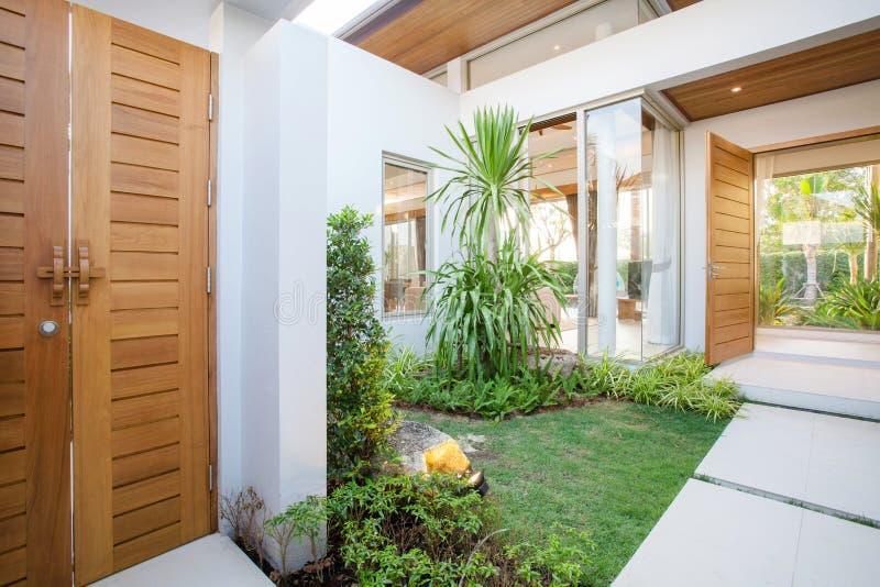 Projeto interior e exterior luxuoso na sala de visitas da casa da casa de campo da associação, casa, construção, hotel, recurso fotos de stock