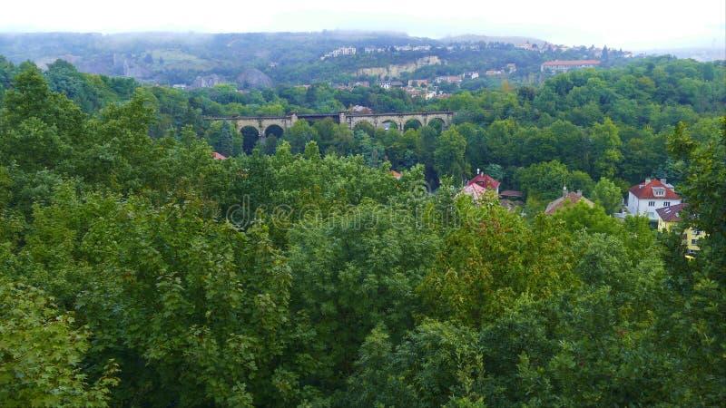 prokopske udoli美好的landscale在布拉格 免版税库存照片