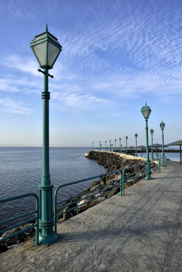 Promenad av havet fotografering för bildbyråer