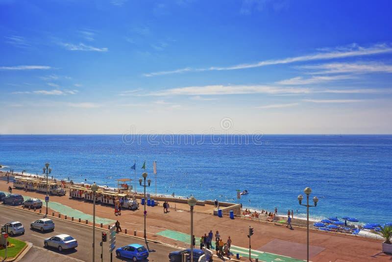 Promenad D Anglais (engelskapromenad) i Nice, Frankrike Fjärden tävlar royaltyfria bilder