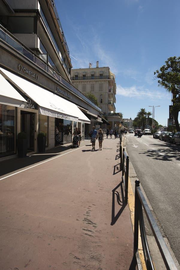 Promenad de la Croisette, Cannes, Frankrike royaltyfri foto