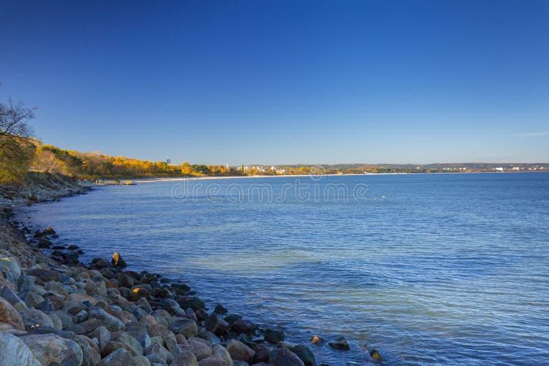 Promenad vid havet i Gdansk Nowy port arkivfoton