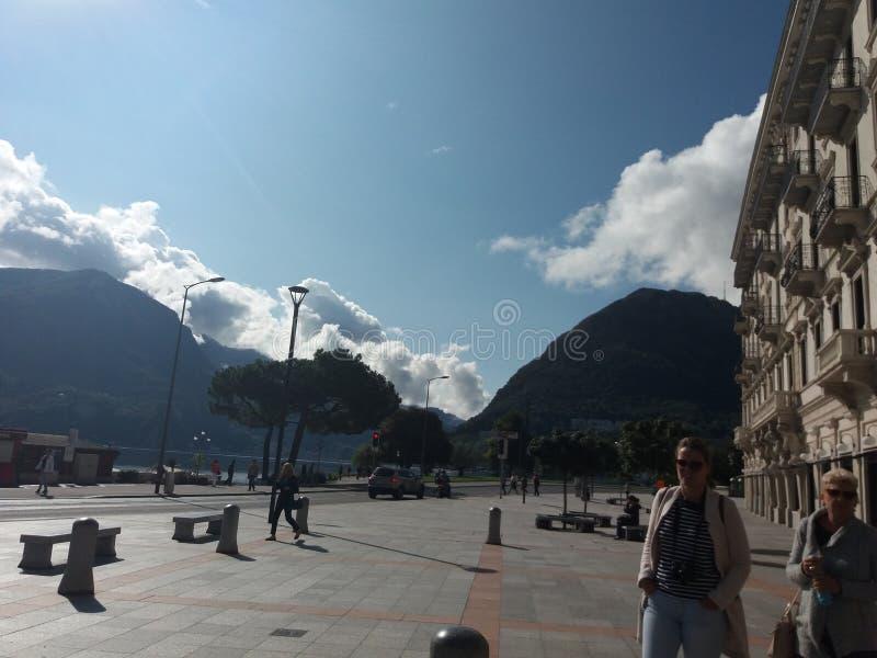 Promenade dans Como photos stock
