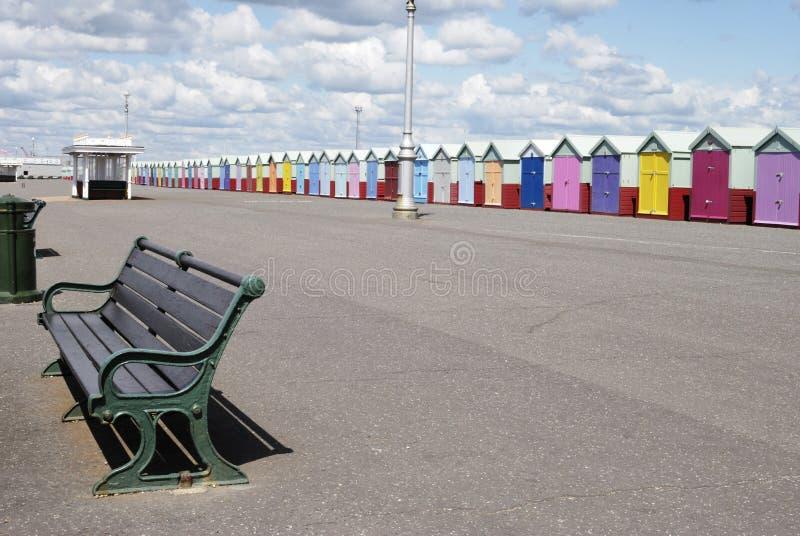 Promenade de bord de mer. Soulevé. Sussex.UK image stock