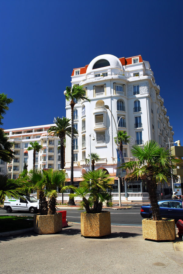 'promenade' de Croisette en Cannes, Francia imagen de archivo libre de regalías