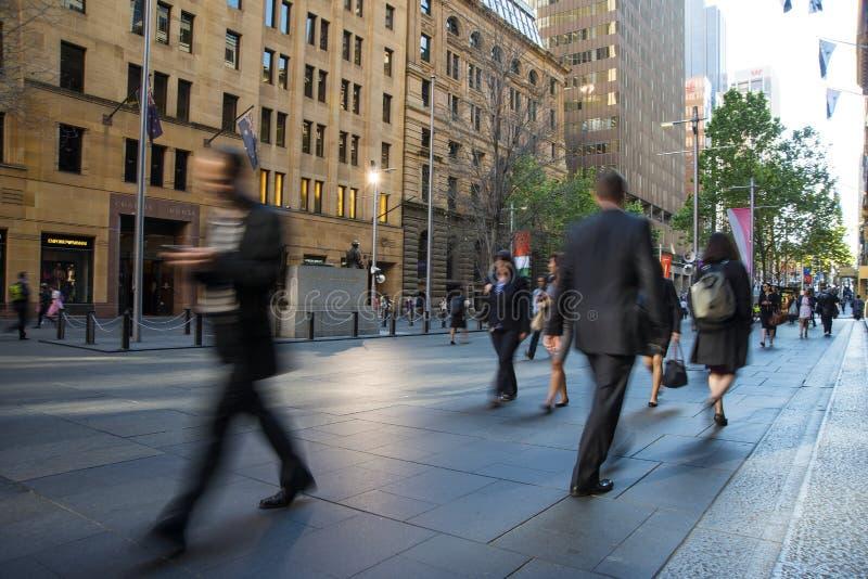 Promenade de début de la matinée à fonctionner photographie stock libre de droits