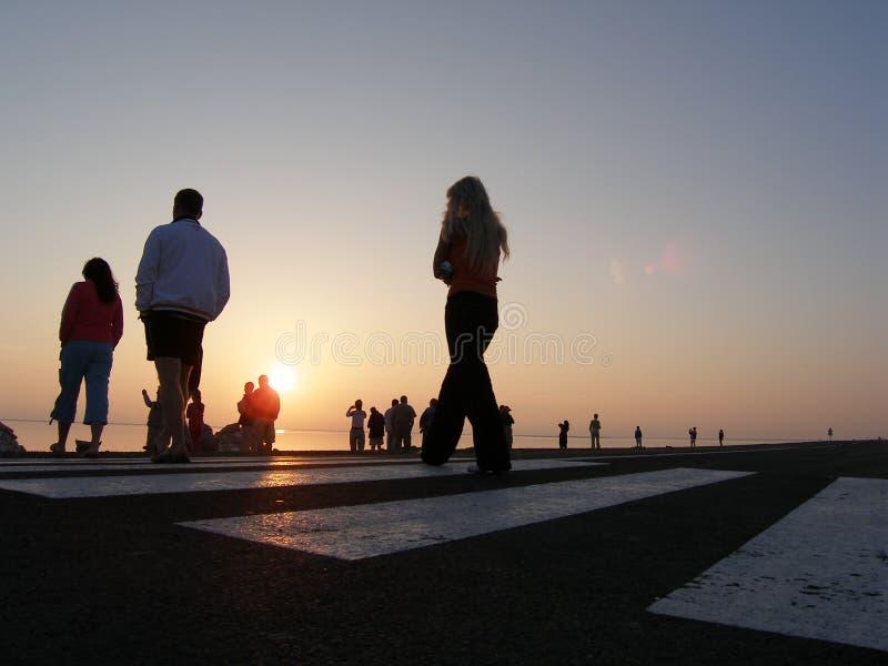 Promenade de lever de soleil images stock