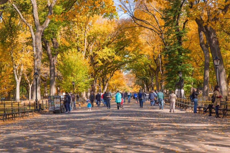 PROMENADE DE MAIL DU CENTRAL PARK NYC images libres de droits