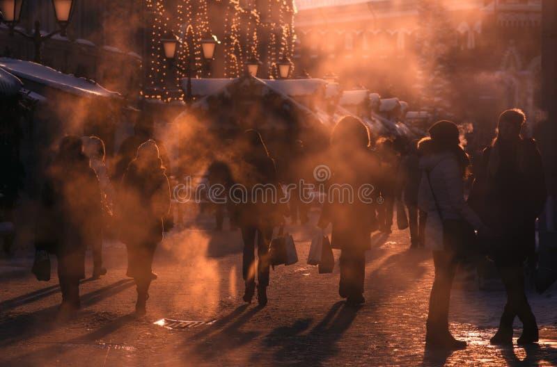 Promenade de personnes à Moscou photographie stock