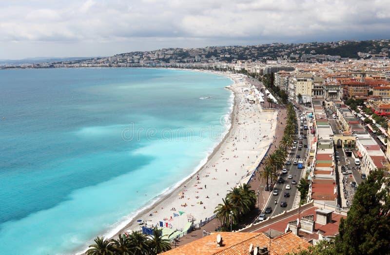 Promenade des Anglais ao longo de Riviera francês em agradável imagem de stock royalty free