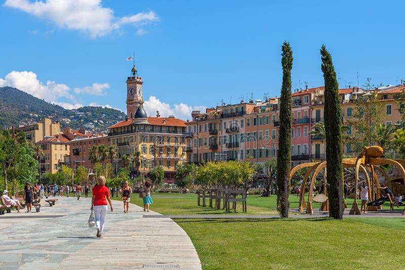Promenade du Paillon à Nice, Frances image libre de droits