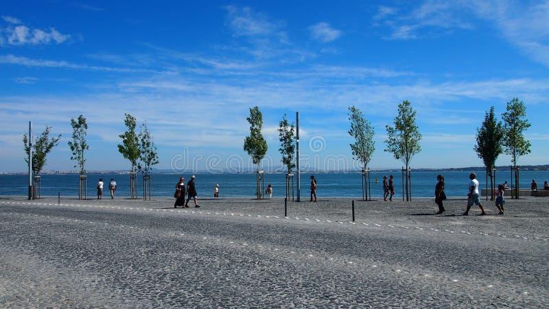 Promenade entlang dem Tajo lizenzfreie stockbilder